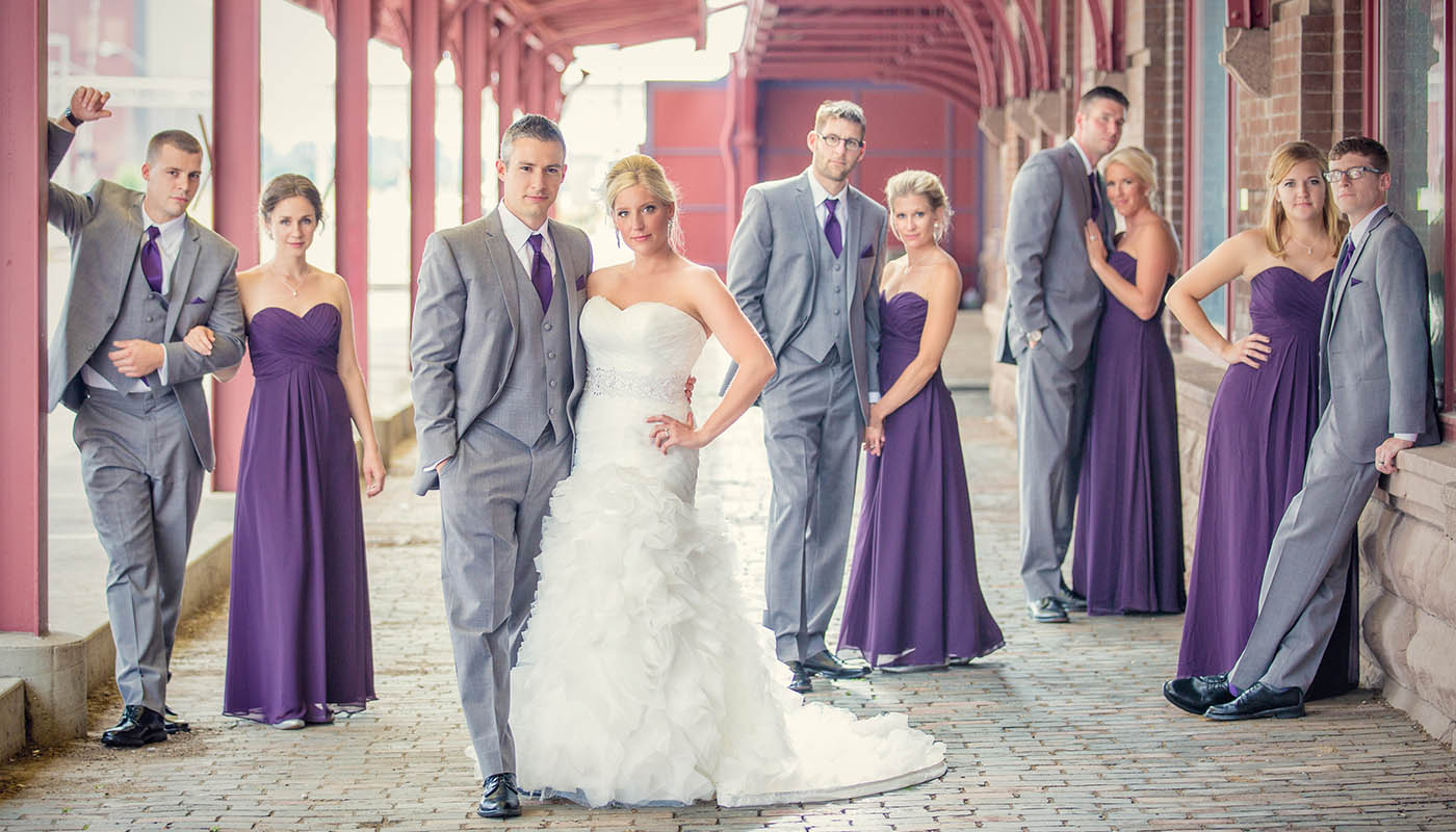 Wedding Photography - Des Moines - Wedding Party - Modern - Brick - Downtown