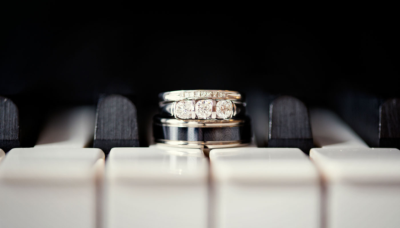 Wedding Photography - Des Moines - Detail - Rings - Piano - Modern